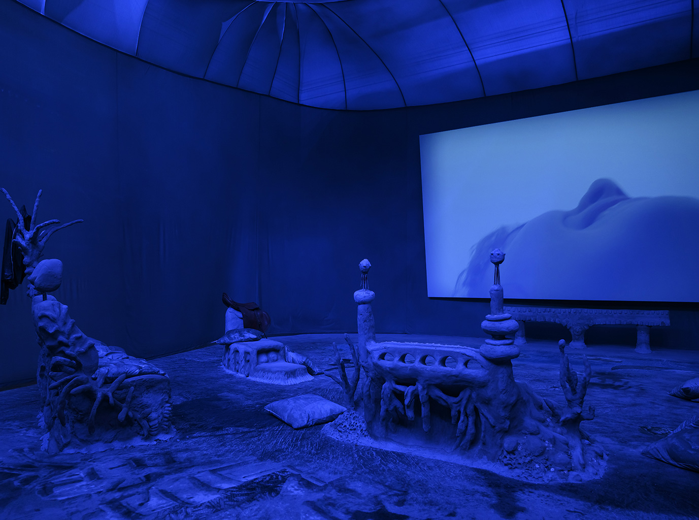 "Exposition ""Laure Prouvost. Deep See Blue Surrounding You"""